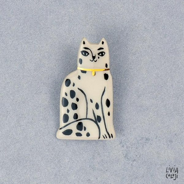 Brosa din ceramica cu pisica